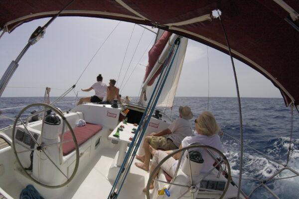 Navega a bordo de nuestros Veleros y embarcaciones a motor - Fuerteventura