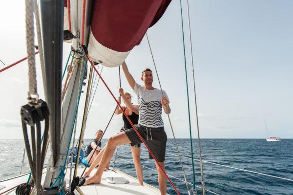 flounder-sailing