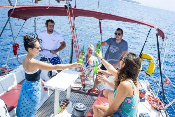 Excursión en grupo privado a bordo de un velero
